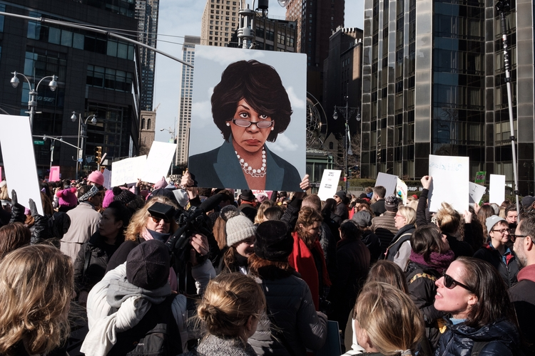 Auntie Maxine Watching March, N - giseleduprez | ello