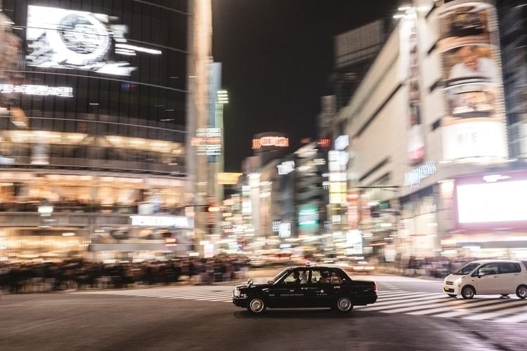 Tokyo, Shibuya crossing - tokyo - adamkozlowski | ello