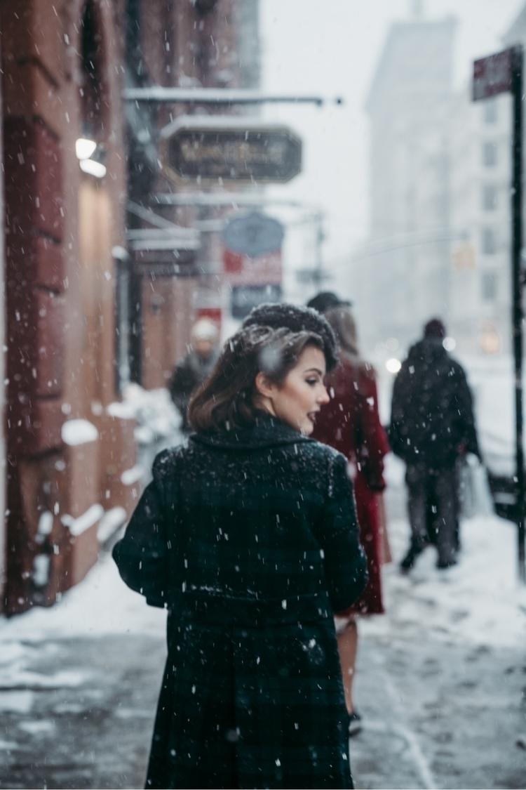 time, NYC. IG | - newyorkcity, streetphotography - monaris_ | ello