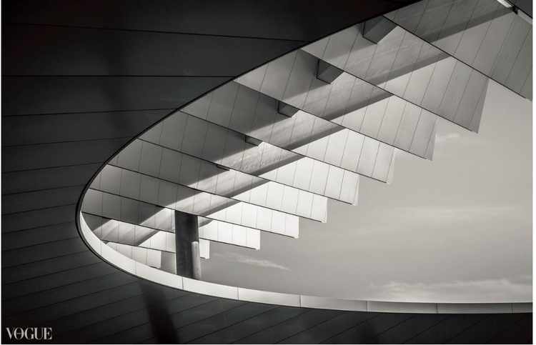 Shapes_3 - photovogue, bw, architecture - leilahichri | ello