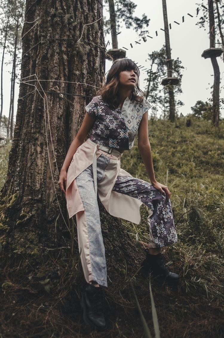 Moody Forest - Fashionphotography - jonathangunawan | ello
