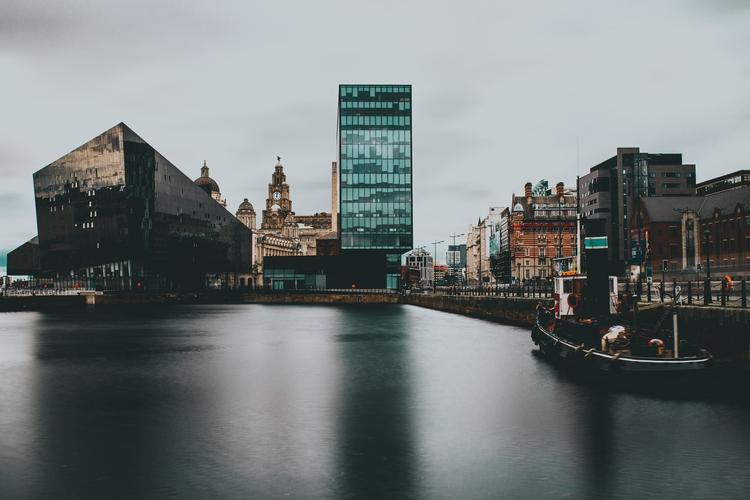 Albert Dock, Liverpool 2017 - kyembot | ello