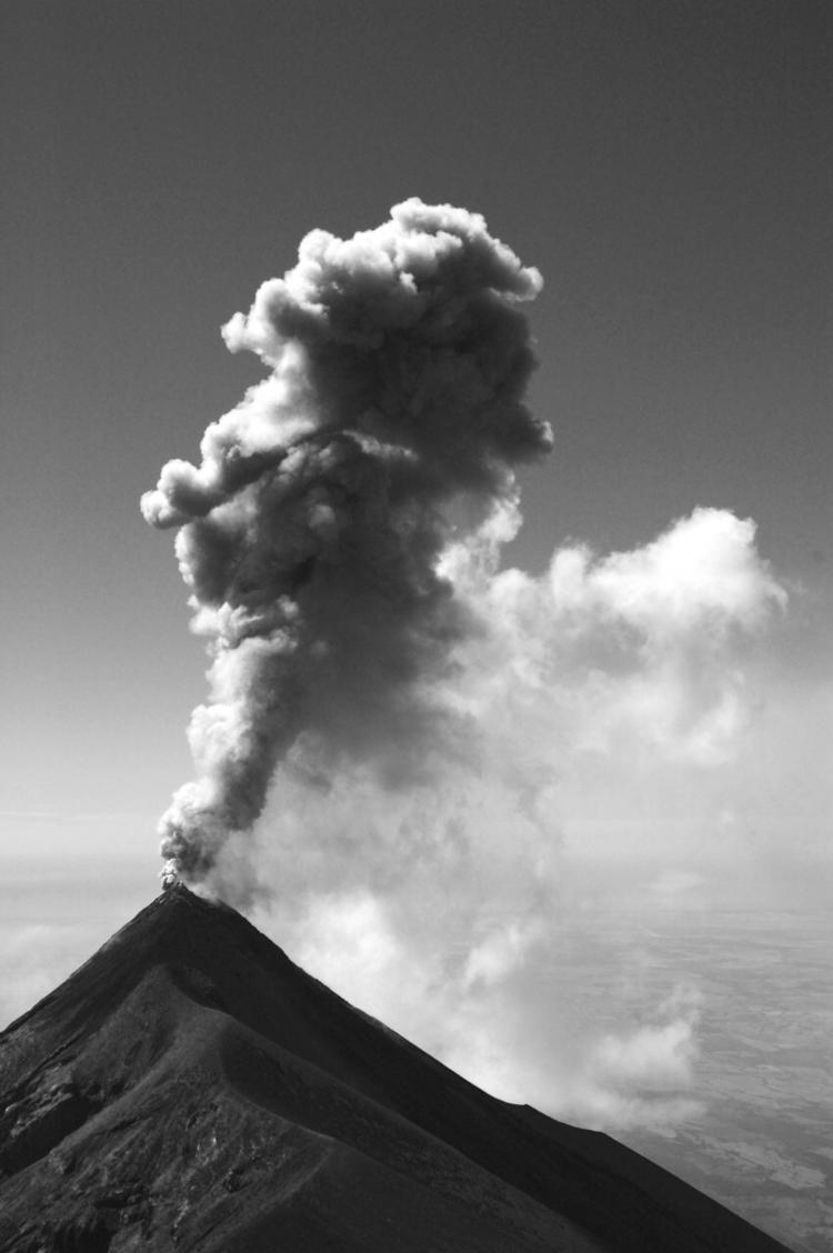 Volcán de Fuego - Landscape, nature - arturogodoym | ello