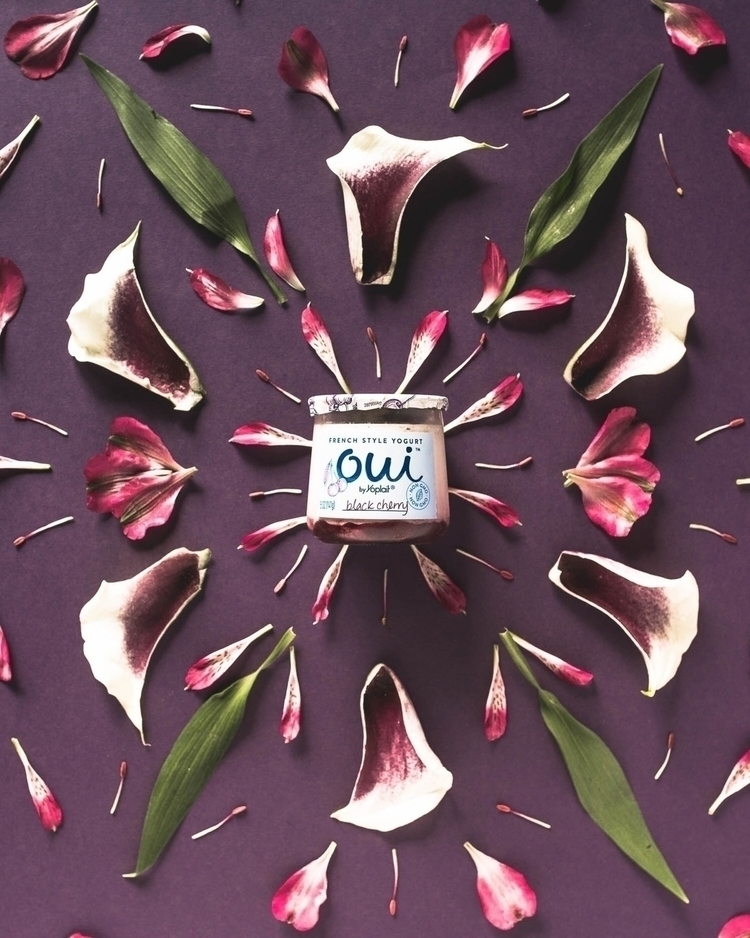 Floral series Oui Yoplait   201 - ariwoeste   ello
