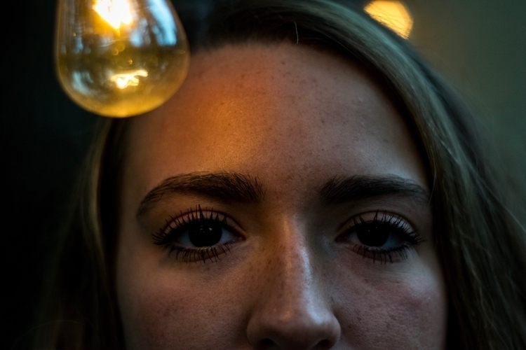 ellophotography#closeup#infocus#lightplay - bryson_laster | ello