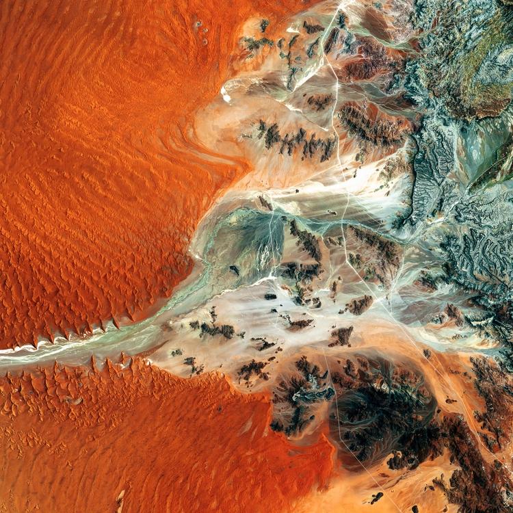 Namibia desert view - Preview u - mickael-tournier | ello