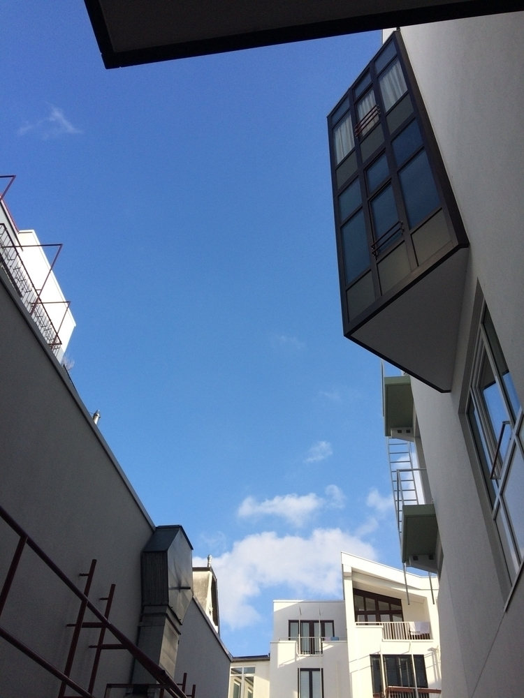 beautiful day - cologne, bluesky - frauvogel   ello