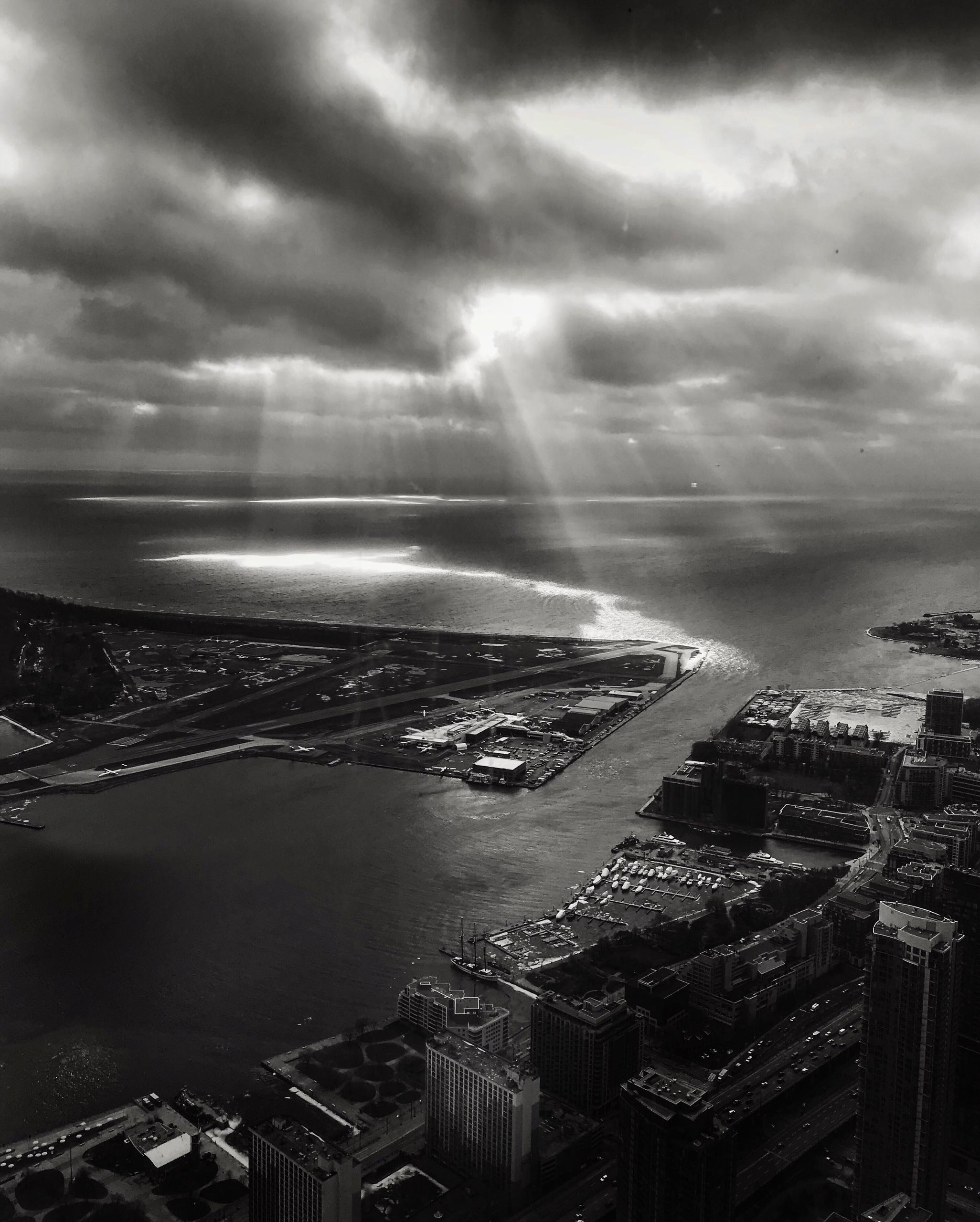 Toronto Harbour - blackandwhite - staceybrandford | ello
