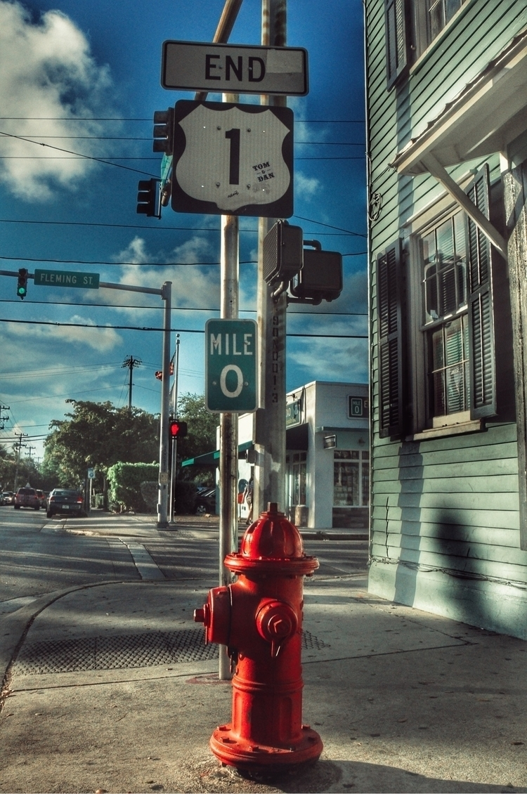 Hydrants: USA, Florida, Highway - madap   ello
