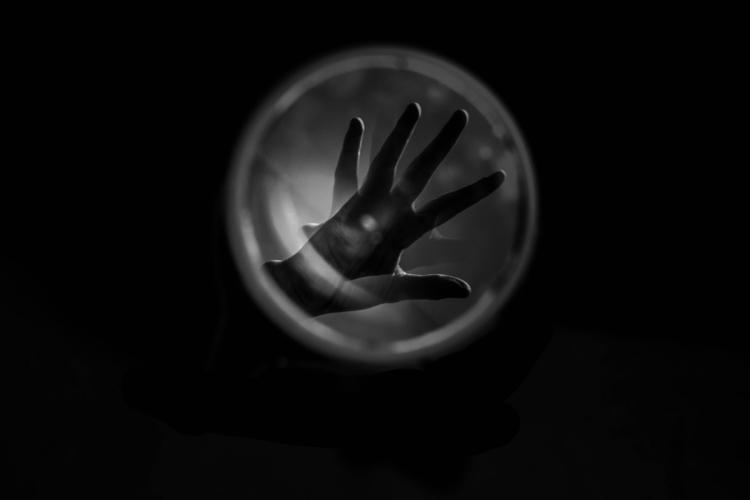 Handmade - blackandwhite, hands - glauke_w_ | ello
