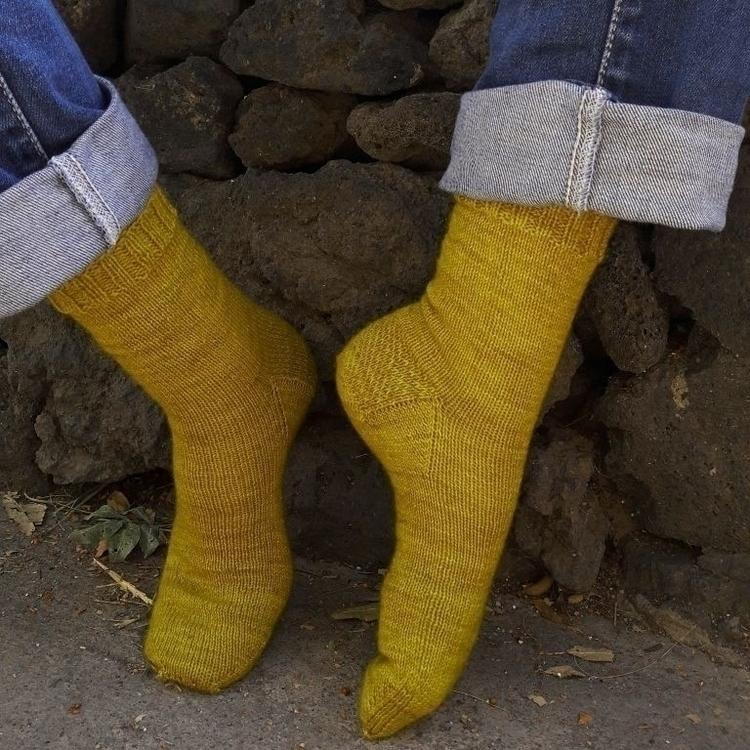 Gule sokker Susan recipy knit s - achkaknitting | ello