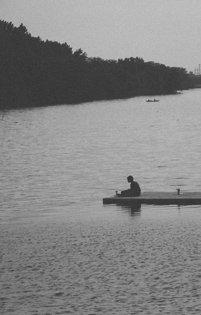 Fishin 2015 - Photography, Blackandwhite - eddieakoi | ello