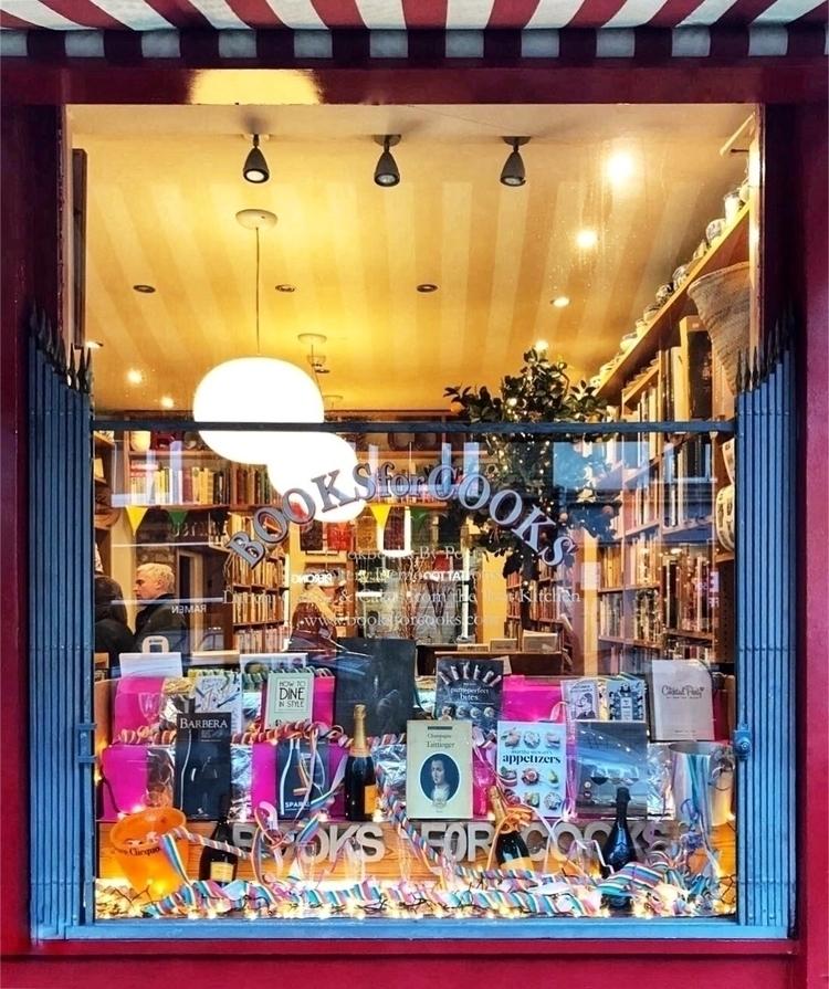 Sundays cosy discoveries - londonbookshop - arzuonar | ello