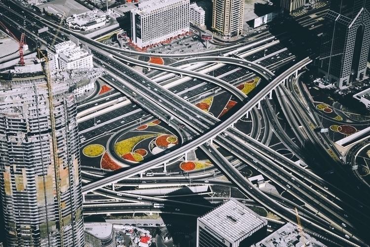 Dubai - tlzrk | ello