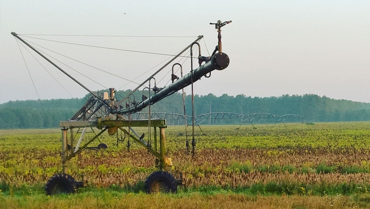 Irrigation boom Larling Norfolk - smashedmonkey | ello