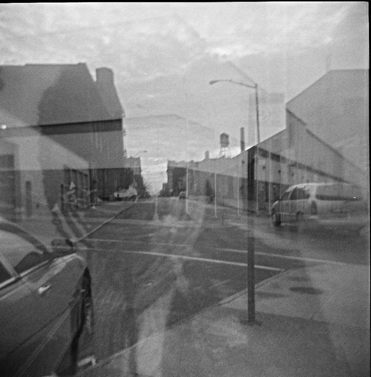 Ghost girl 2 - holga120#holga#doubleexposure#film#dreamy#blackandwhitephotography - ethelalegria | ello