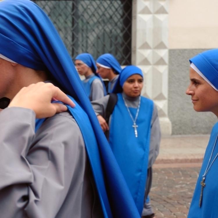 True Blue Location: Trento, Ita - pattyjansen | ello