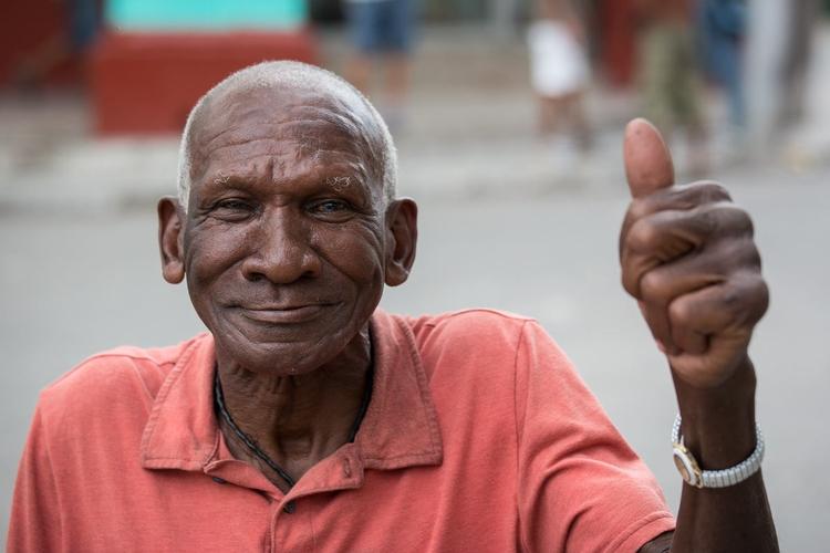 faces Cuba - portrait, cuba - cornicello   ello