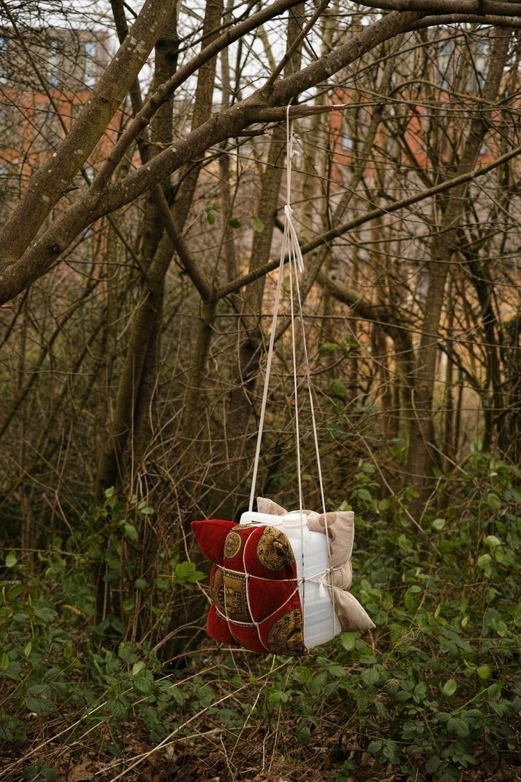 Improvised punchbag, Glasgow - photography - yannick_glasgow | ello