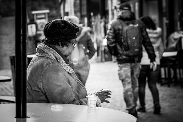 Coffee smoke Lady break market - swendeluk | ello