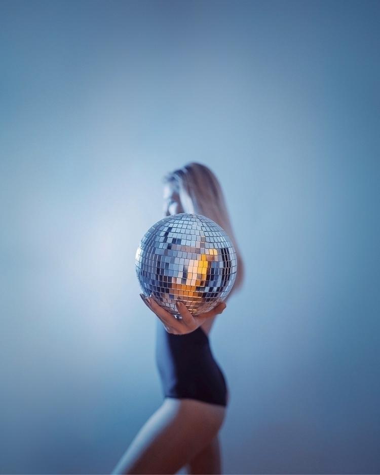 disco baby :sparkles:🦋 - lizhagearty | ello