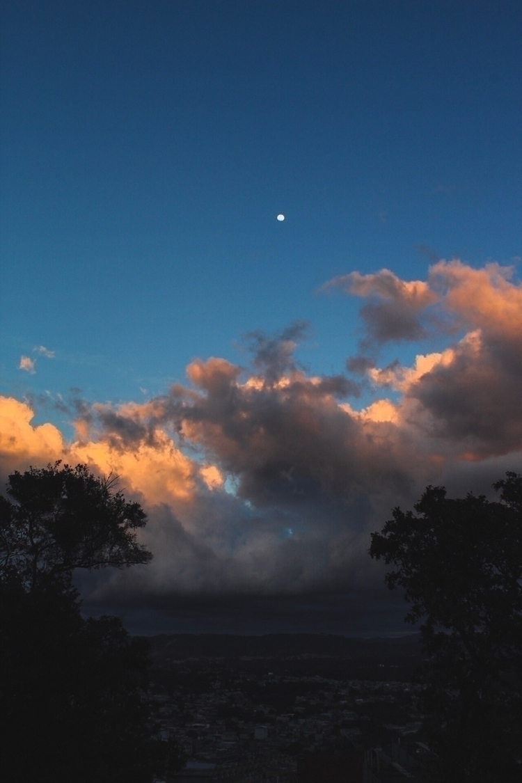 Views - skylover, photography, nature - fredyfigueroa | ello