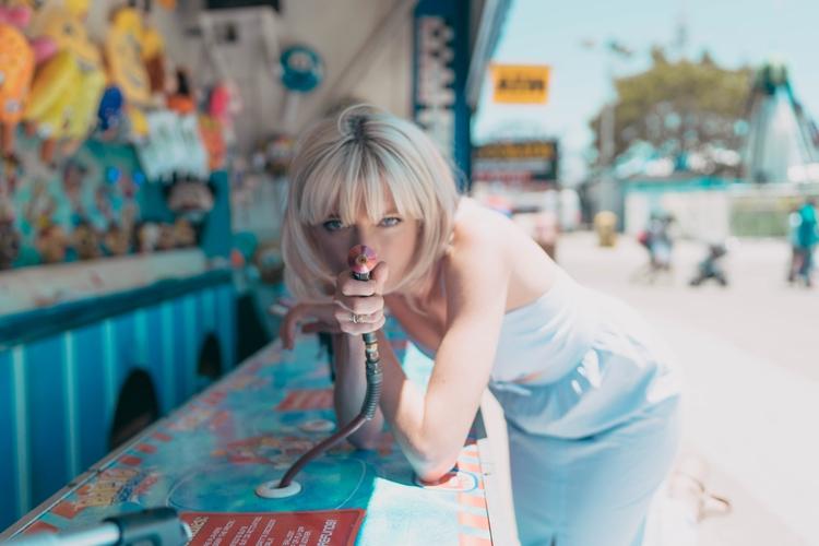 Sophie Sumner. Coney Island, Br - tutes | ello