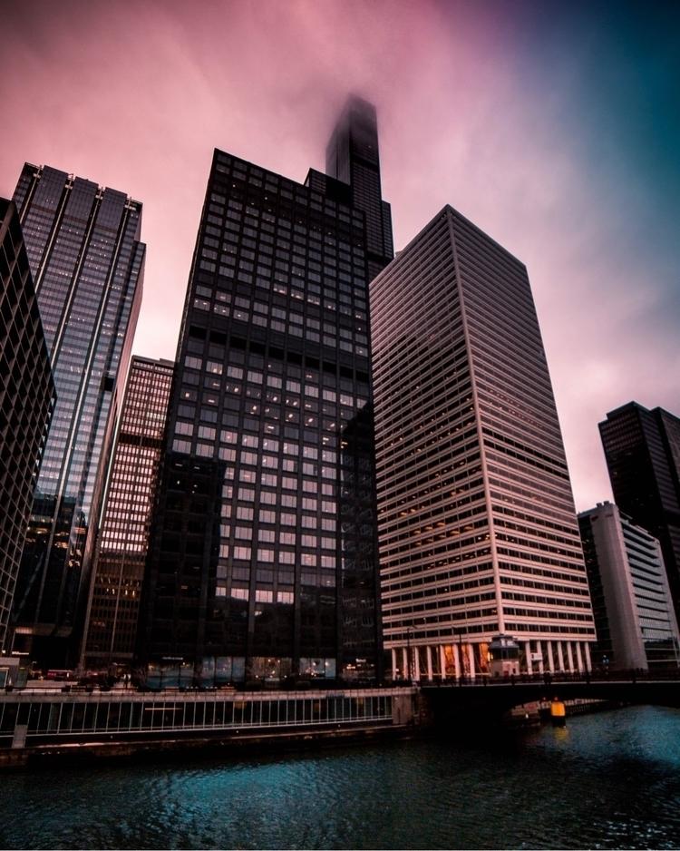 Chicago vibes - elmisaaeel | ello