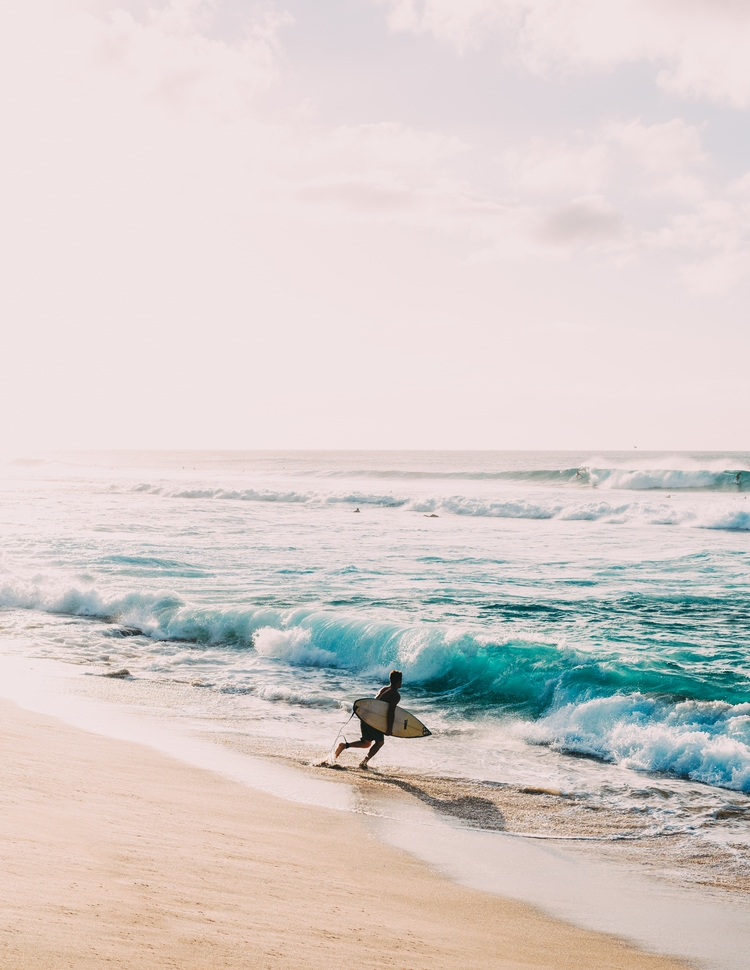 Perfect surfing conditions Nort - chaseburnett | ello