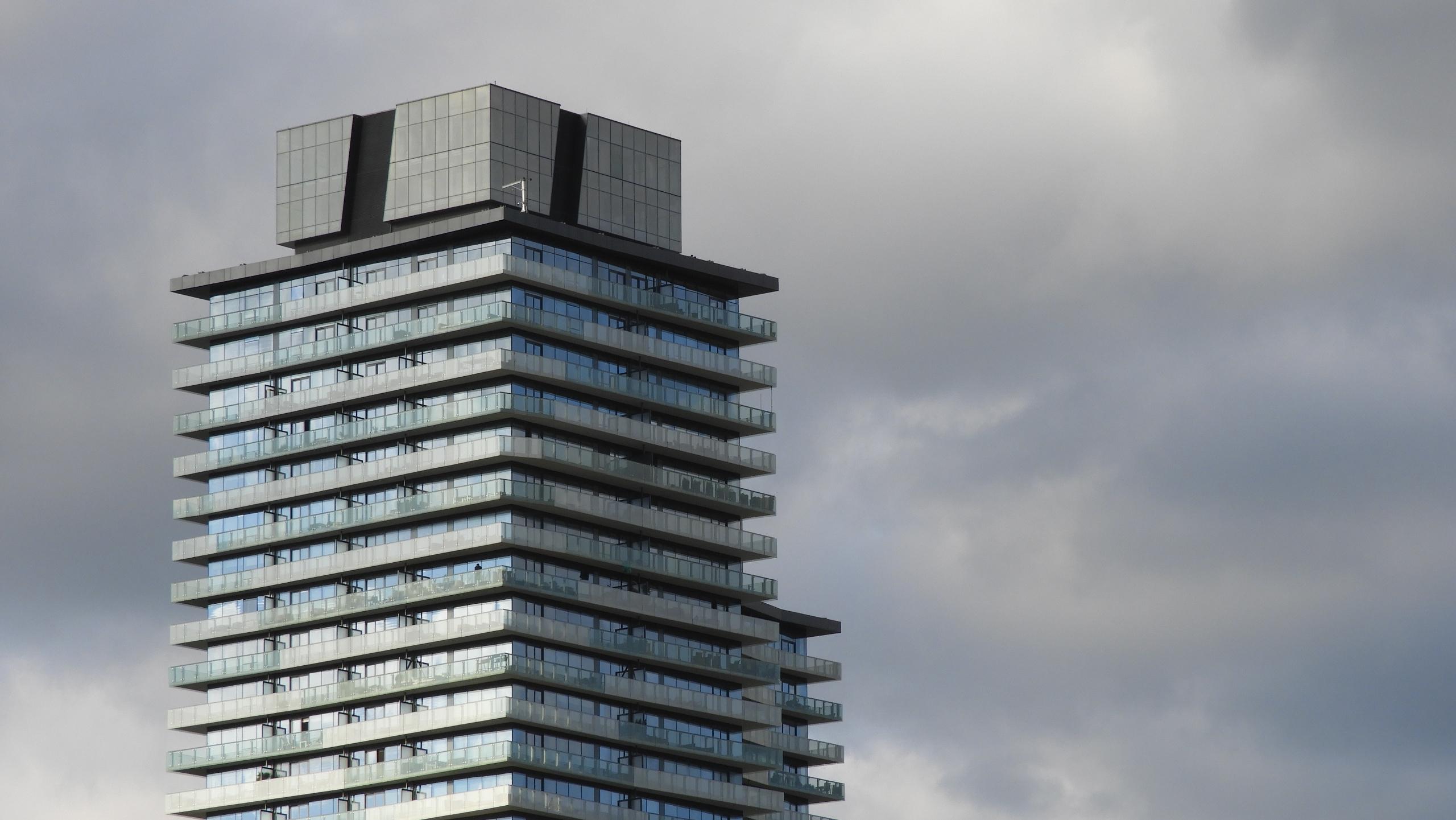 Clear Spirit Towers, Toronto - urban - koutayba | ello