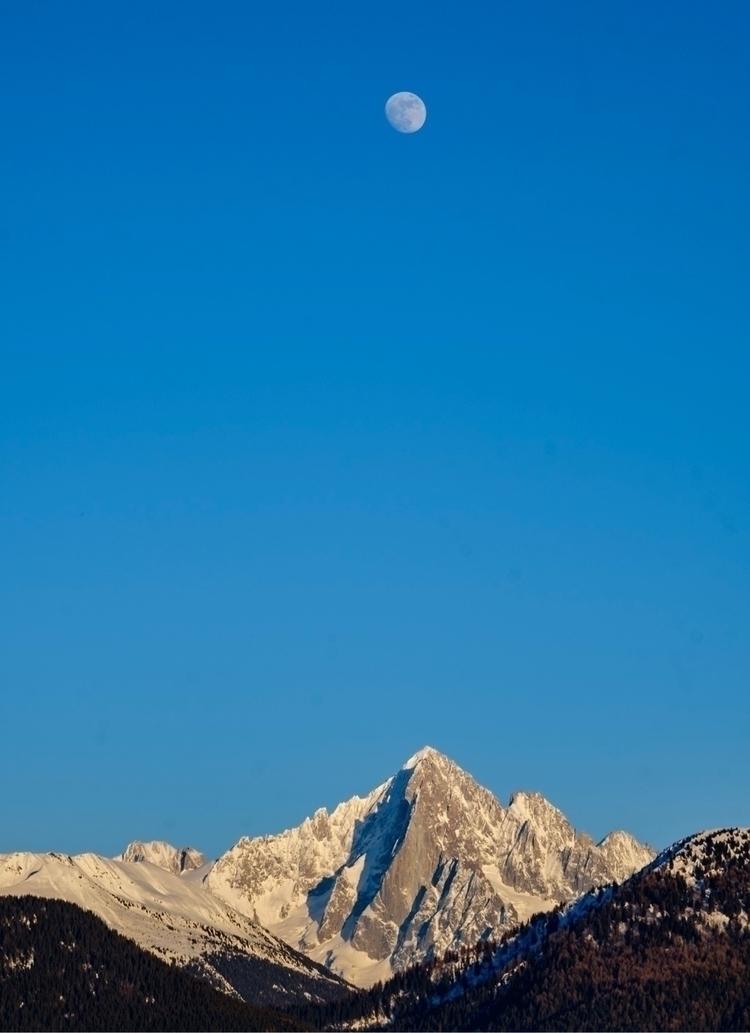 Aiguille verte massif landscape - alexishhhhh | ello