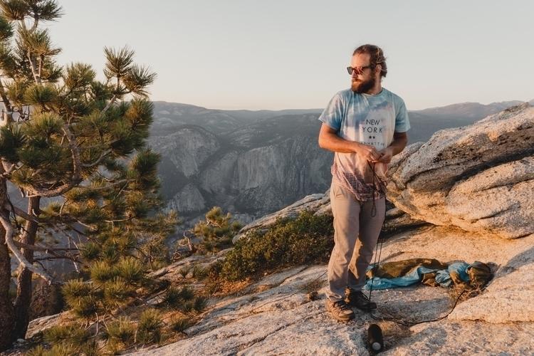 Yosemite summer sunsets - Hammo - damianriley | ello