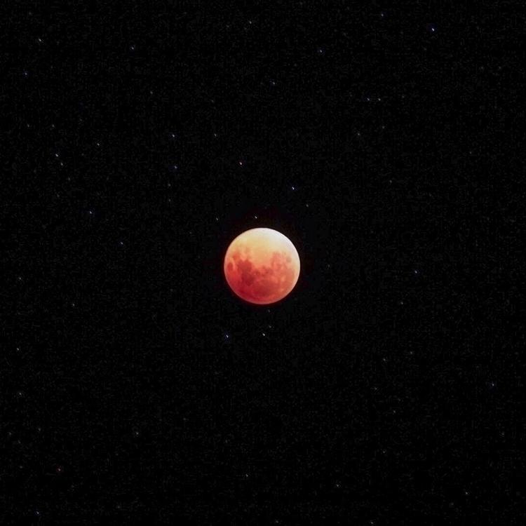 Life Mars // Shot day - superbluebloodmoon2018 - samuelmead | ello