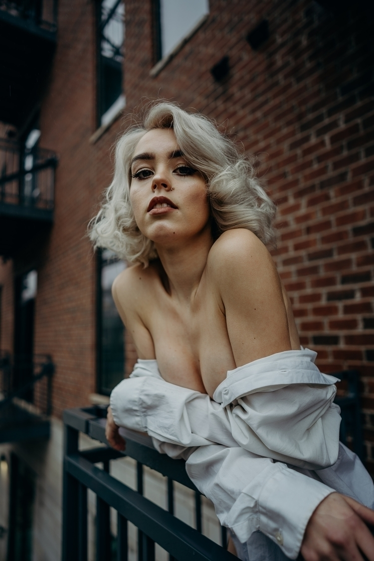 Modern Marilyn. Model IG - folkportraits - lykkevisuals | ello