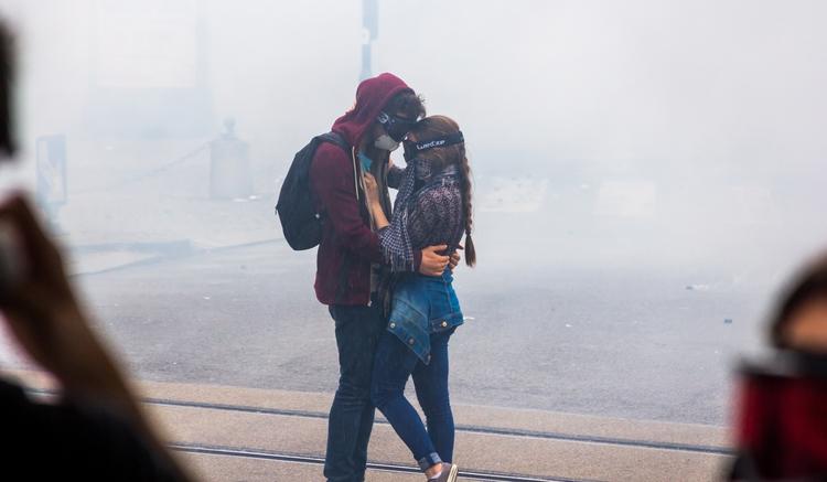 photography, street, love, protest - noemerckle | ello