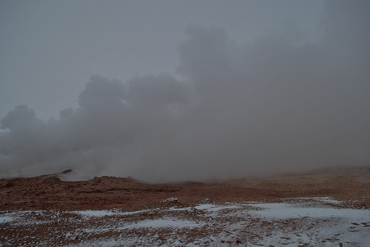 darkphotography, fumarole, geyser - dolcka | ello