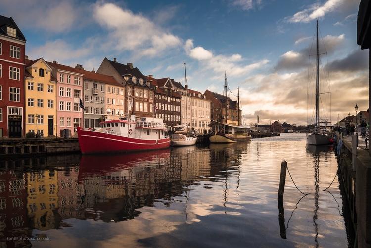 Nyhavn 3 - Denmark, Copenhagen, canal - toni_ertl | ello