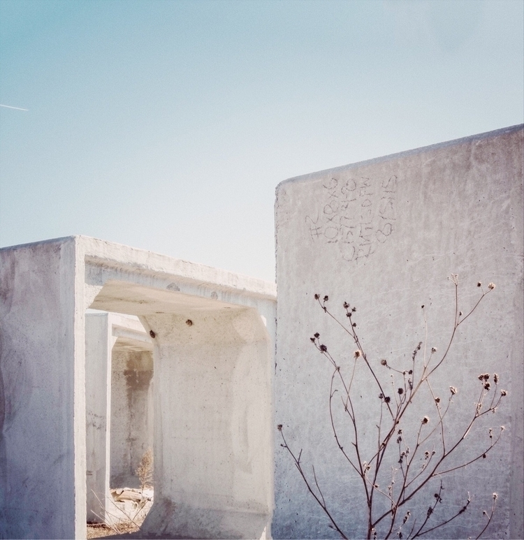 Donald Judd vibes construction  - willmilne | ello