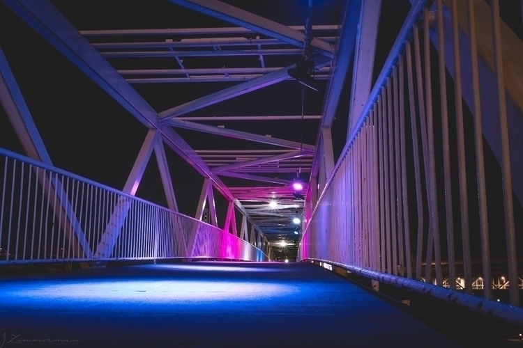 bridge fantastic - toronto, nightphotography - thezimlife | ello