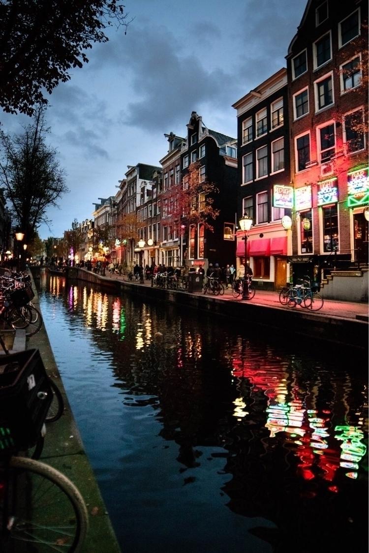 favorites trip Amsterdam. :city - pararach | ello
