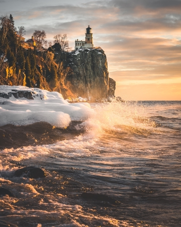 Waves crashing Split Rock Light - webbwonder | ello