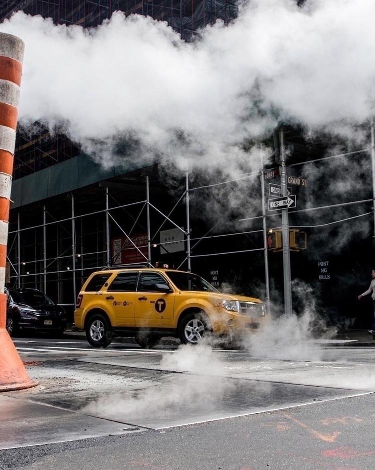 Taxi!  - NY, smoke, street, road - gevalls | ello