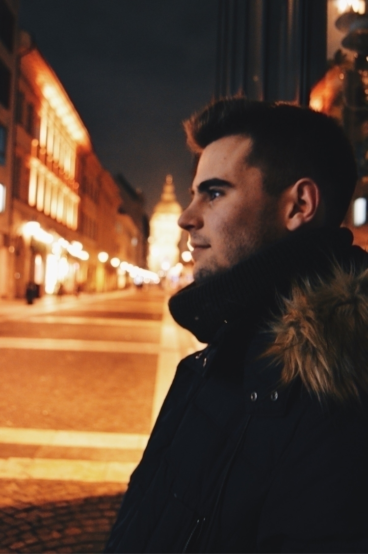 Budapest Model: Ruben Galan - travel - laucolombo | ello