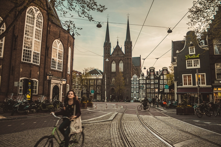 Amsterdam, Marzo 2017 - nevermorecreatives | ello