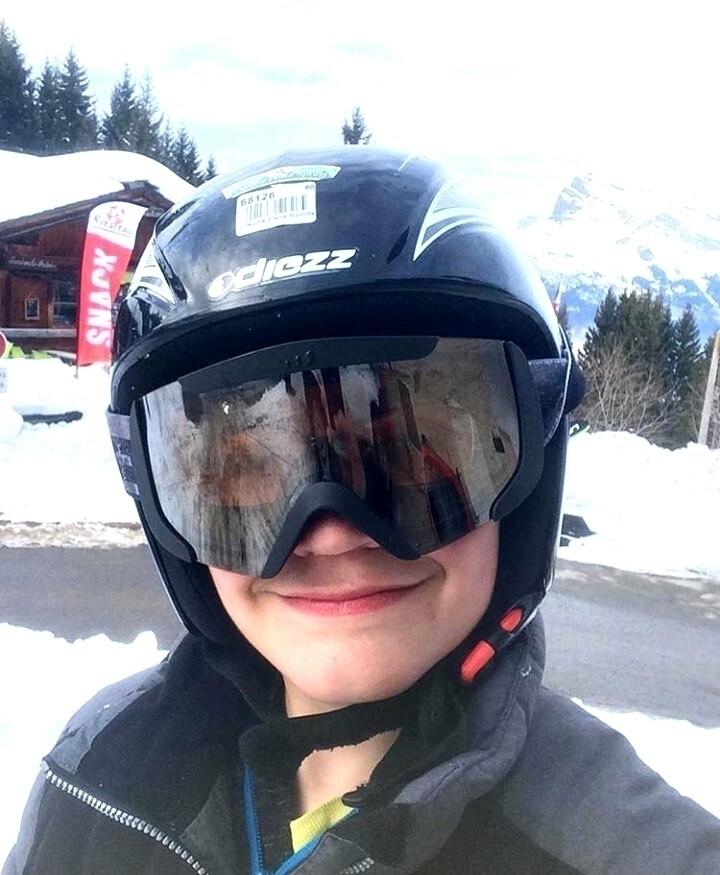 Première journée au ski :ski::s - neotheone | ello