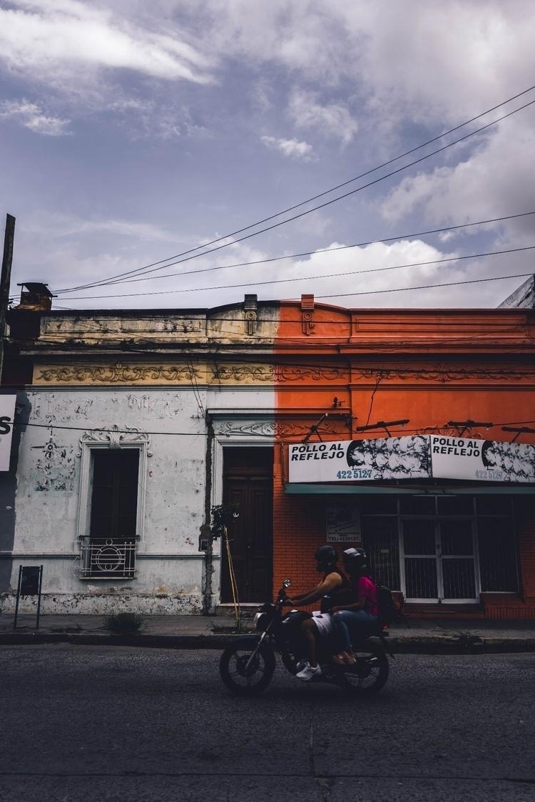 argentina, sonyalpha7, sony, street - by_gonz | ello