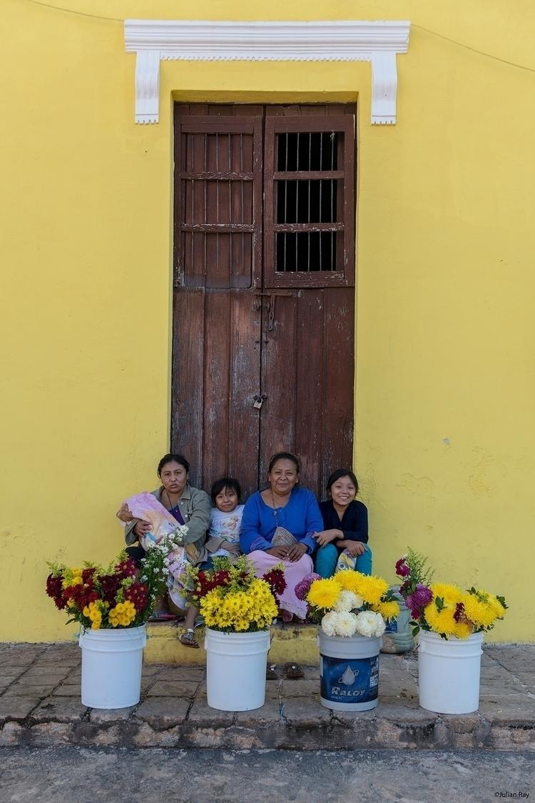 Morning time family store - mexico - julianrayphotography   ello