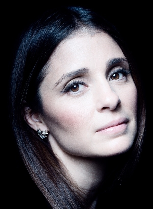 Shiri Appleby York Magazine - shiriappleby - benedict_evans | ello