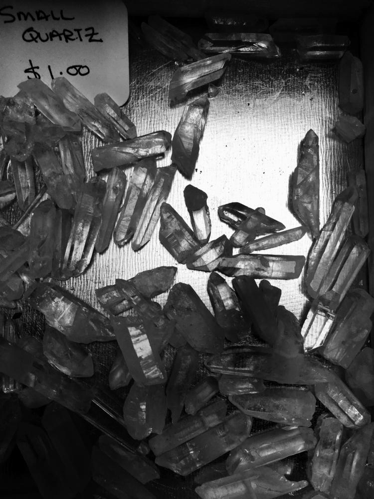 Quartz   Single crystal structu - mluna23   ello