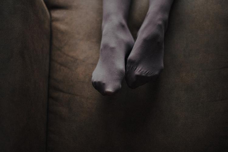 Feet, wings fly - lacherryphoto | ello